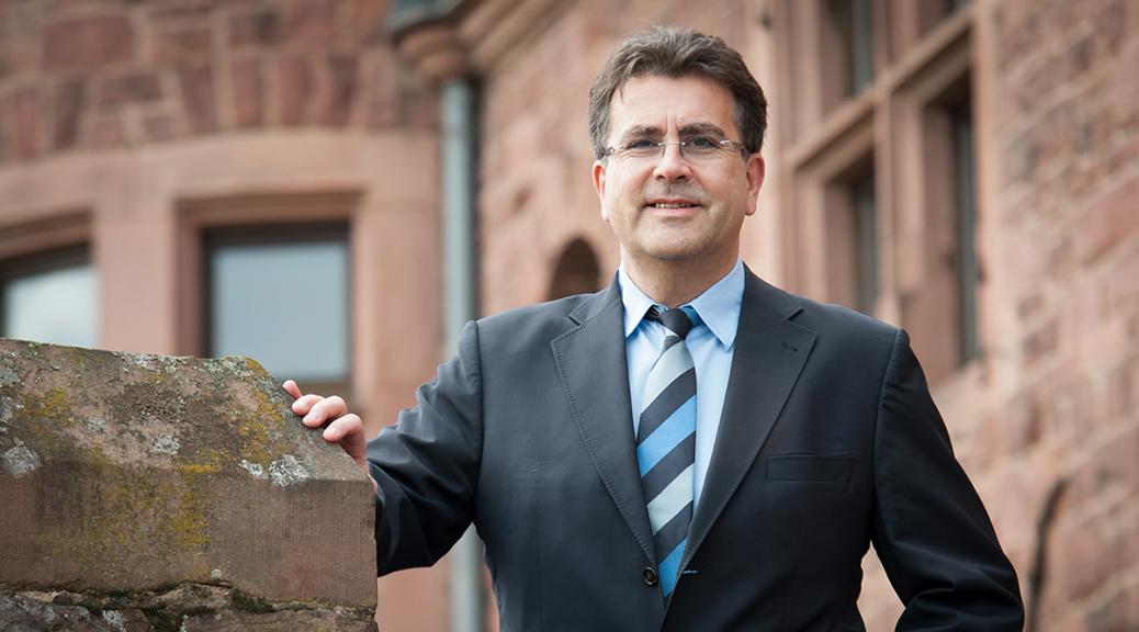 Landtagsabgeordneter Rüdiger Holschuh ist verwundert über das Demokratieverständnis seiner Landtagskollegin